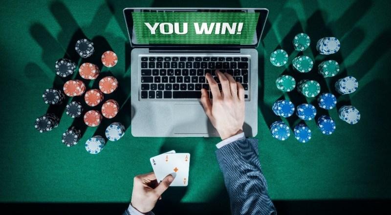 7 Tips dan Strategi Menang di Poker Online