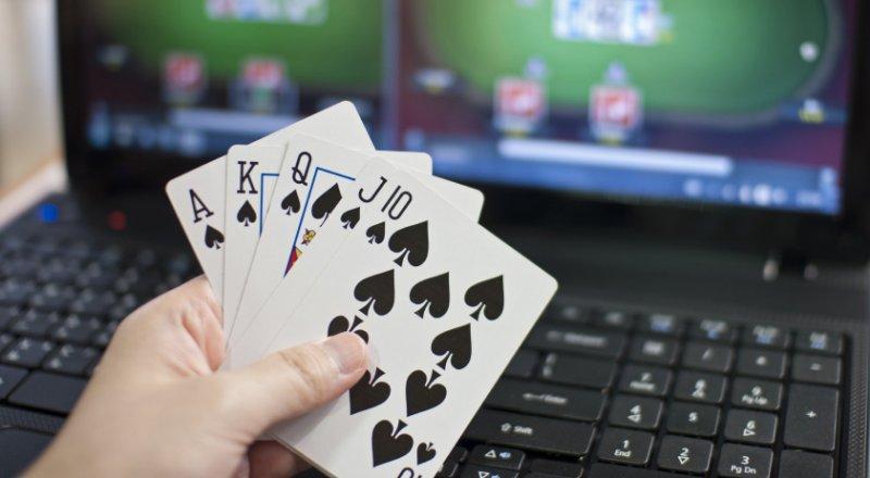 Panduan Untuk Situs Poker Online 2018